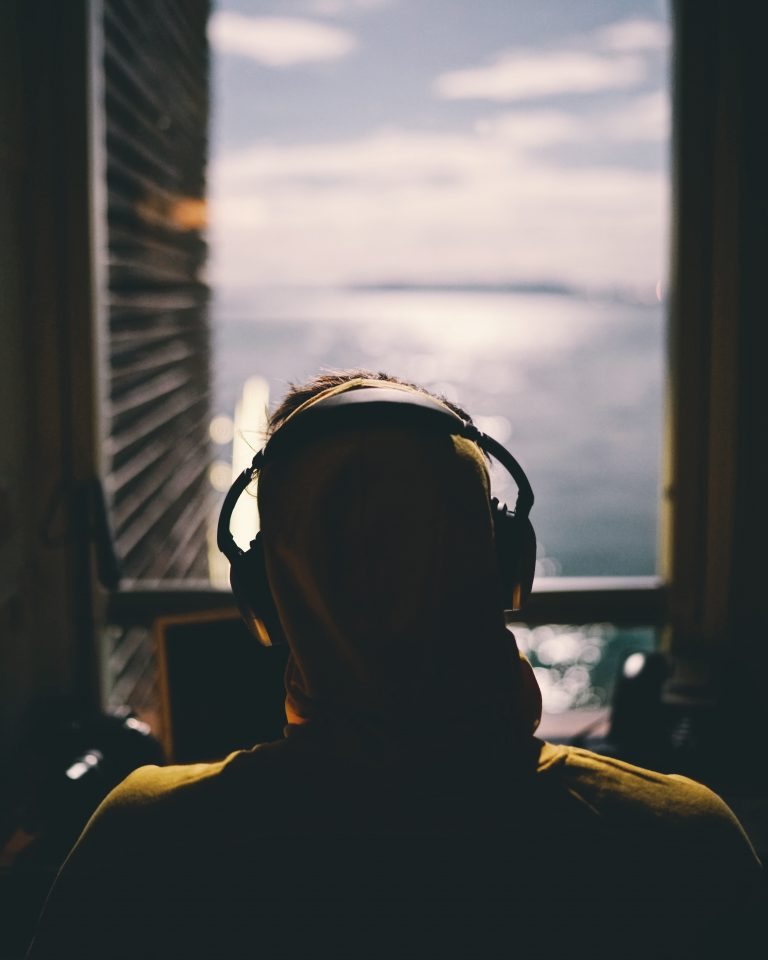 Welke studio koptelefoon is het beste voor muziekproductie